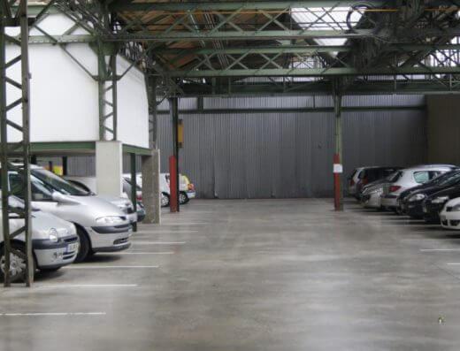 SENLIS - Location bureaux 906m2 - parking